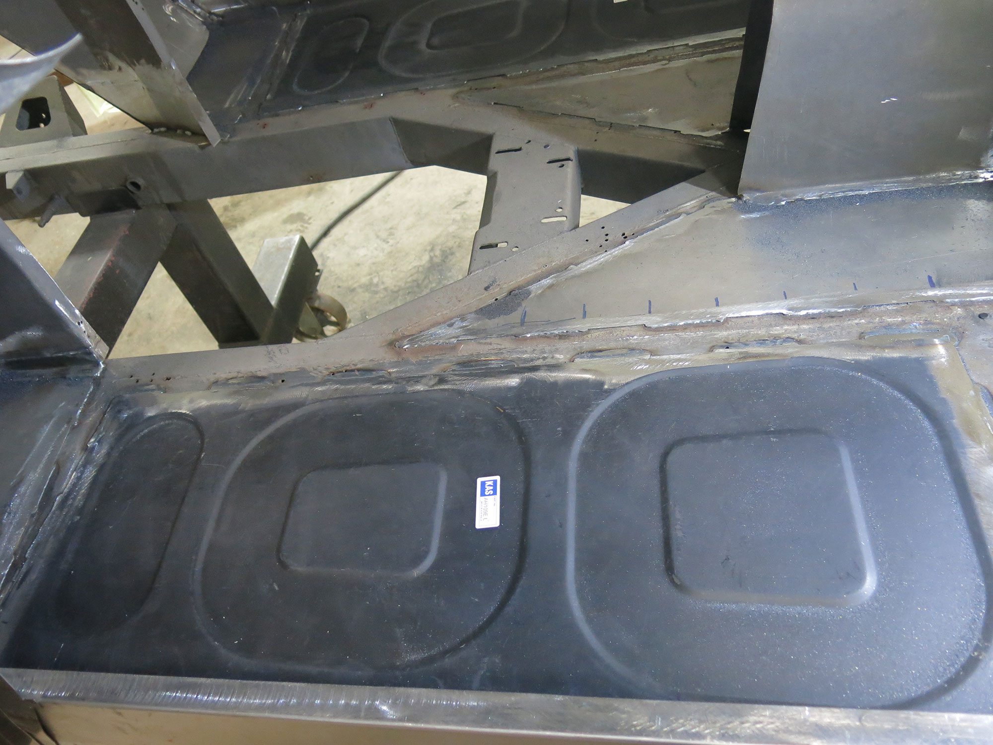 Standard replacement parts could not always be used - The floor panels have a unique '100' pressing